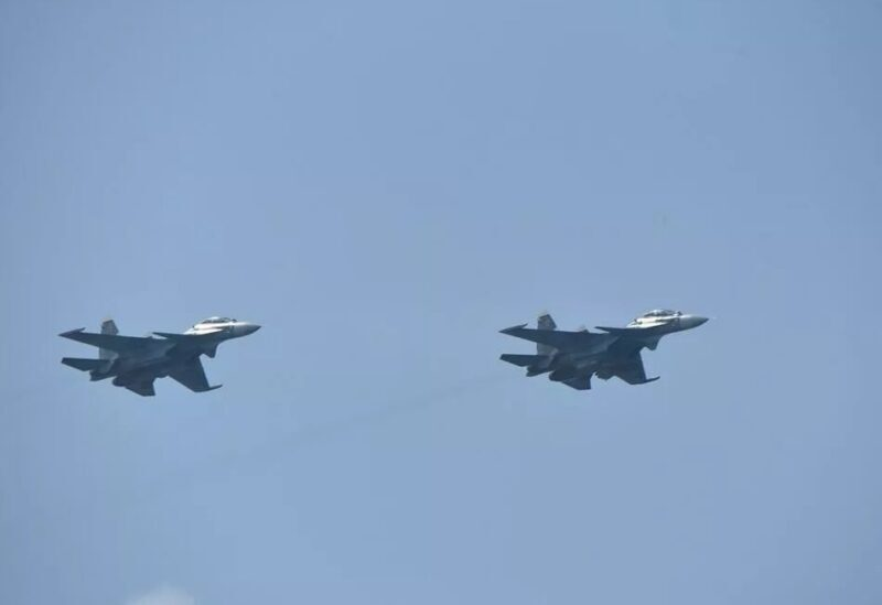 Deux avions de guerre
