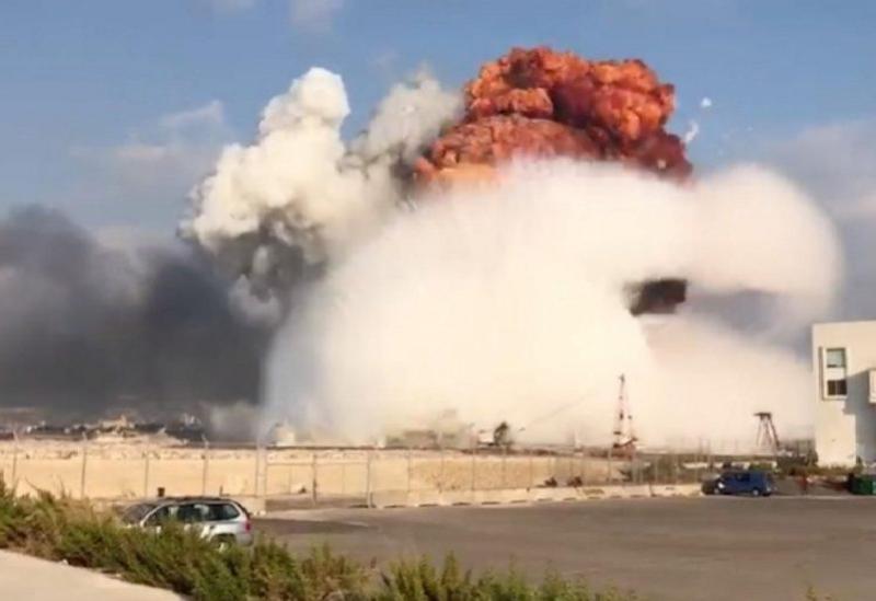 La vague d'explosion dévastatrice dans le port de Beyrouth