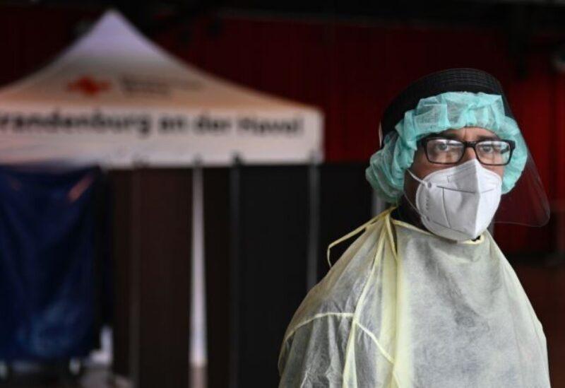 Les infections par Corona sont en hausse dans le monde