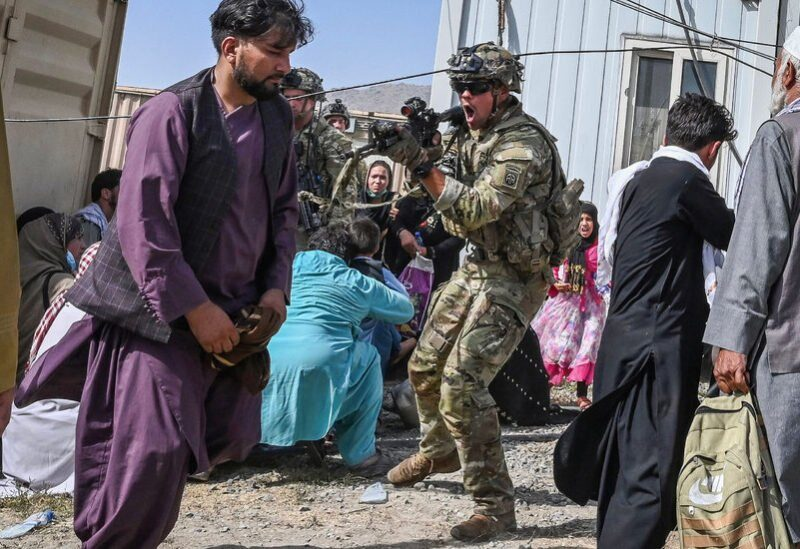Avertissements d'attaques terroristes à l'aéroport de Kaboul