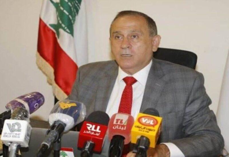 Le ministre intérimaire de l'industrie Imad Hoballah