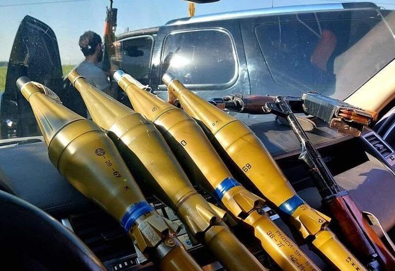 Armes utilisées lors des affrontements entre Fneideq et Akkar Al Atika