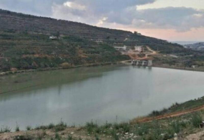 La mort des poissons à la rivière Al-Bared