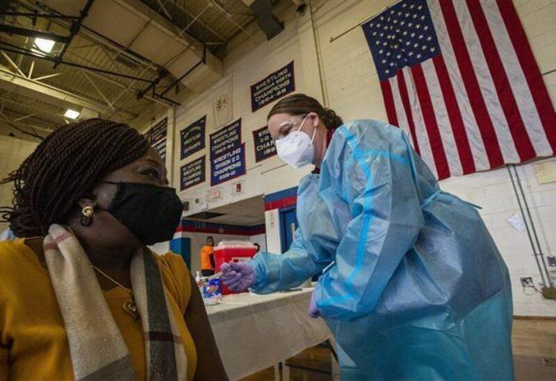 Les États-Unis poursuivent la vaccination contre le coronavirus