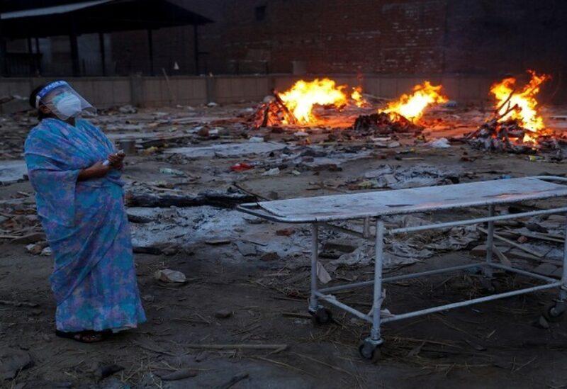 Les corps des victimes de Corona brûlés en Inde
