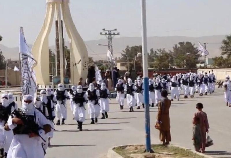 Les soldats talibans