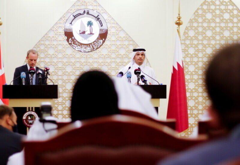 Une conférence de presse conjointe entre les ministres des Affaires étrangères du Qatar et de la Grande-Bretagne à Doha