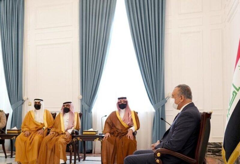 Le Premier ministre irakien reçoit le ministre saoudien de l'Intérieur