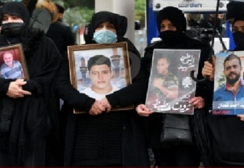 Les familles des victimes de l'explosion du port
