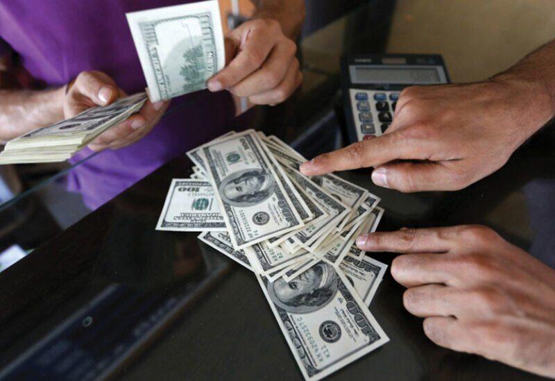 Le taux de change du dollar sur le marché noir est toujours en hausse